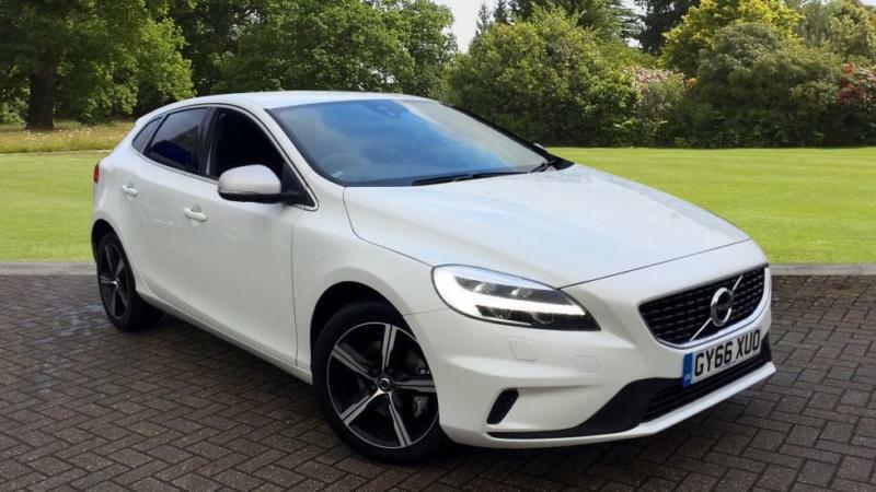 2017 volvo v40 t2 r design nav plus w winter manual petrol hatchback in south croydon london. Black Bedroom Furniture Sets. Home Design Ideas