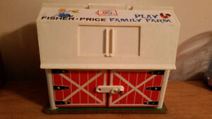 1967 FISHER PRICE FAMILY PLAY FARM IN AMAZING CONDITION!!!!!!!!! London Ontario image 1