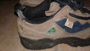 steeltoe mens work shoes 7m diehard