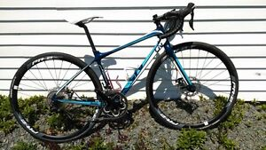 """51"""" 2015 Giant Avail Advanced 2 Women Specific carbon road bike"""