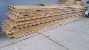 3/4 inches 1 ftx8 ft Standard Spruce Plywood & 3 1'' pine 1ftx8f
