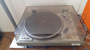 AKAI ap-207 record player turntable