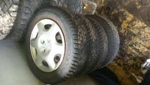 REDUCED!! 99 civic winter tires good shape