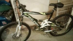 Mountian bike for fix up or parts