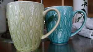Set of 8 Peacock Motif Light Blue & Light Green Coffee/Tea Mugs