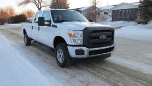 2013 Ford f350 4WD low mileage