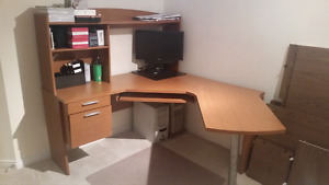 Large computer desk with hutch
