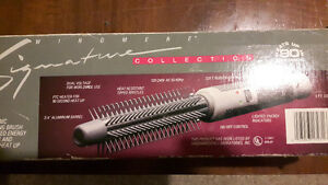 Windmere Signature Collection - Electronic Curling Brush London Ontario image 3