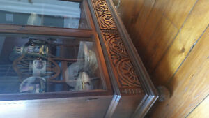 Antique dining set with 2 leaf table and chairs