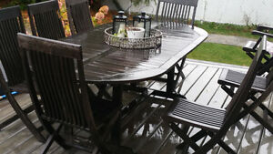 Outdoor wood patio set 9 present. West Island Greater Montréal image 3