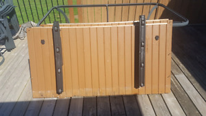 Hot tub roller cover remover