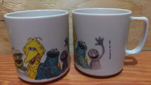 Vintage Pair of Sesame Street Cups Mugs 1971 Jim Henson Muppets