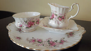 Royal Albert Tea Set - Lavender Rose - 4 pieces