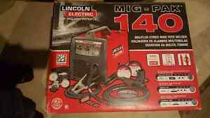 """Lincoln Electric MIG Pak 140 Wire Feed Welder """"BRAND NEW"""""""