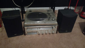 Record Player / Turntable (No Needle) / Amplifier / 2 Speakers