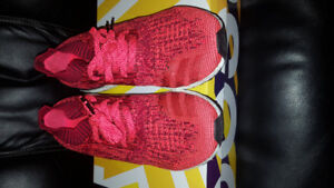 Adidas Ultraboost Uncaged Solar Red