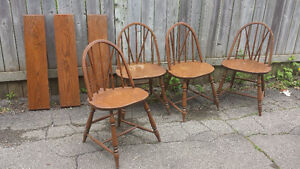 ANTIQUE DININGROOM TABLE AND CHAIRS - $100 (milton) Oakville / Halton Region Toronto (GTA) image 2