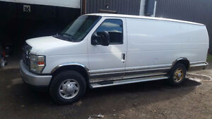 2009 Ford E250  Fourgon