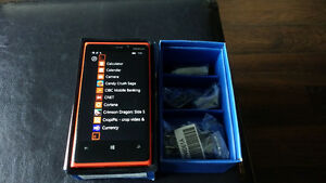 Red Nokia Lumia 920 - LNIB