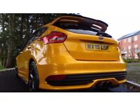 Ford Focus 2.0 ECOBOOST ST 250PS Good / Bad Credit Car Finance (yellow) 2015
