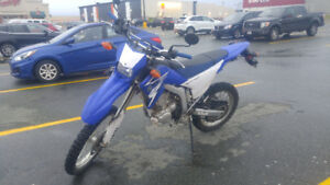 WR250R mint condition, low km's