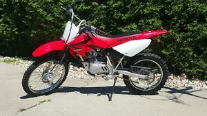 EXTREMLY CLEAN  CRF100F