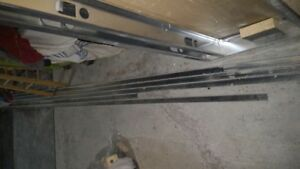 Stiffener bars for steel studs
