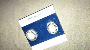 New White Stone Earings - for sale ! Kitchener / Waterloo Kitchener Area image 6