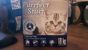 3 boxes of very dusty cat litter