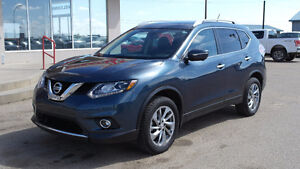 2014 Nissan Rogue SL/Nav/Roof/Leather $25,368