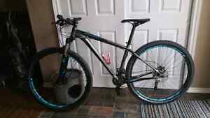 2014 Specialized rockhopper comp. Bicycle
