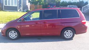 Honda Odyssey 2005. low mileage