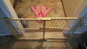 baby gate for sale