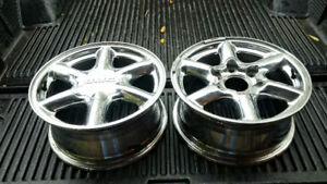 "GM Polished Aluminum Wheels - For 16"" Tires"