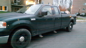 Camion f150 2004 1200$