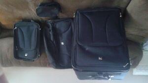 set of 4 luggage