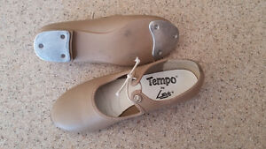 tap shoes, approx kids size 12 London Ontario image 1