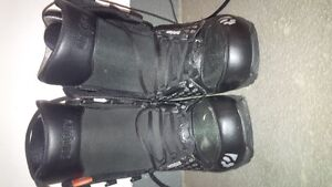 women's Thirty two snowboard boots size 8 brand new