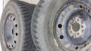 215/65/r16 good condition tires in rims Prince George British Columbia image 3
