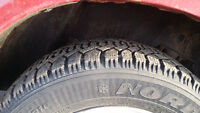 215/60/16     4 winter tire good years Nordic 3 rims are good