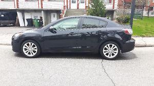Mazda 2011 a vendre propre 8700$ update