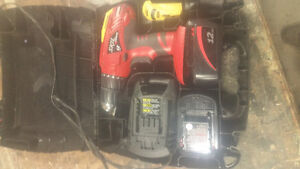 Skil battery drill both batteries are working