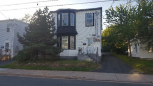 Neat and tidy 2 bedroom 2 nd floor apartment midtown