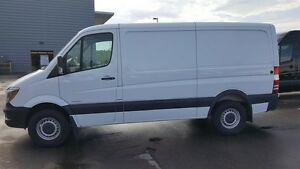 2015 Mercedes-Benz Sprinter V6 2500 Cargo 144
