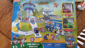 Paw Patrol Dogs Action Figure PVC Toy Car Parking