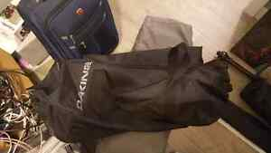 Dakine duffle bag