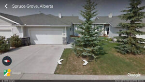 Beautiful Large Townhouse - Spruce Grove, Country Squire Estates