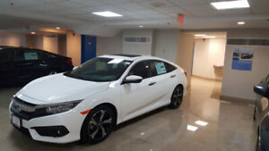 2018 Honda Civic Touring Fully loaded + Cash Incentive and more