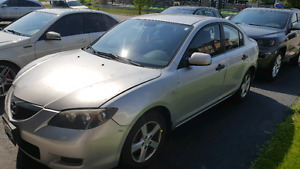 2007 MAZDA 3 FOR SALE FOR PARTS.