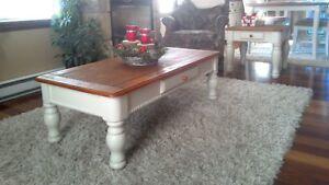 Impeccable  trio table de salon centre et deux tables d'appoint
